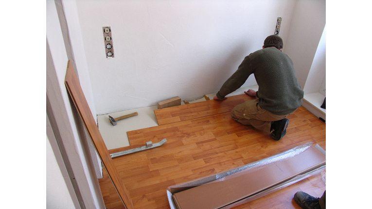 ohne rechnung abrede geht ins auge handwerker schwarz. Black Bedroom Furniture Sets. Home Design Ideas