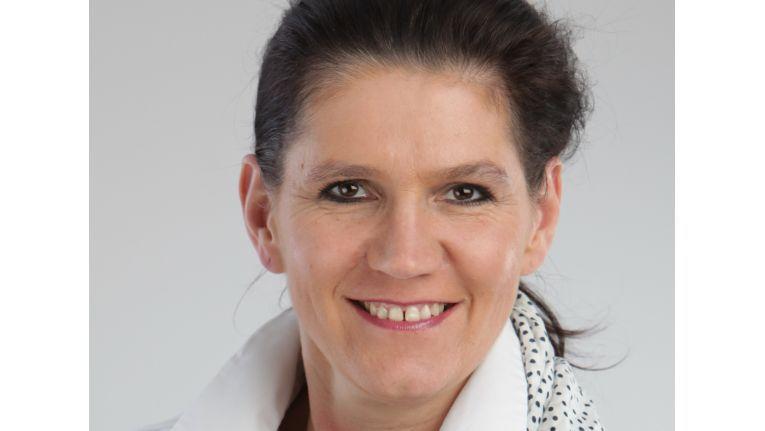 """""""Unified Communications und Collaboration lassen sich nicht wirklich voneinander trennen."""" Regina Dettmer, Marketingmanagerin, Auerswald"""