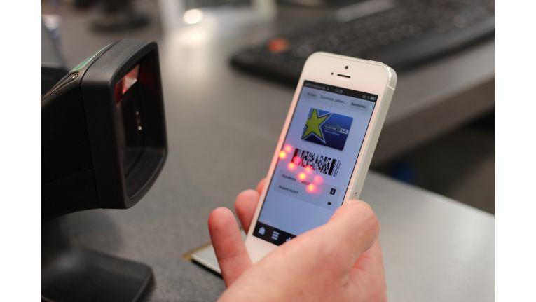 Die Reposito-App fungiert bei Euronics als digitale Kundenkarte, die vom Kassensystem berührungslos ausgelesen werden kann.
