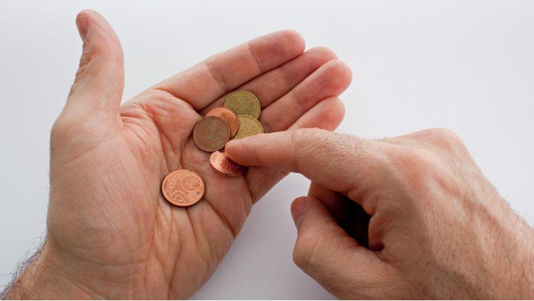 Geld anfassen ade - Löhne und Gehälter werden zunehmend in der Cloud abgerechnet.