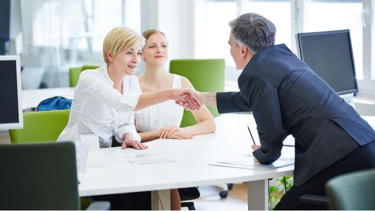 Grundsätzlich sollten Hersteller und Mobilfunkanbieter beim Kundenservice zusammenarbeiten.