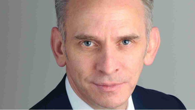 Manfred Lieske, Mitglied der Geschäftsleitung bei Computacenter, kann nun zusammen mit AixConcept komplette Lösungspakete für Schulen anbieten.