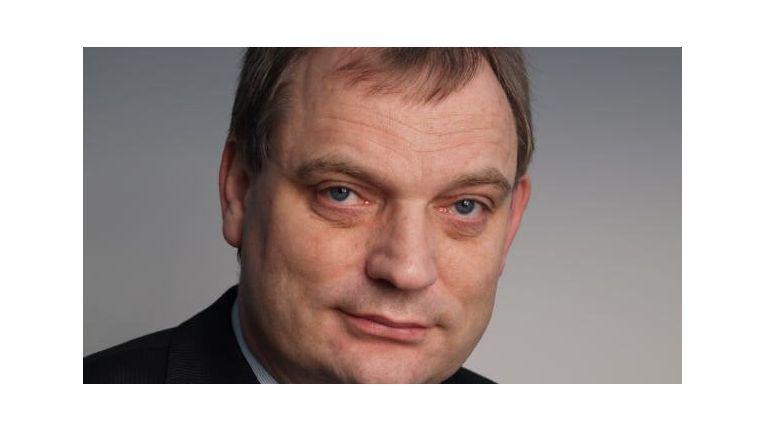 Ludwig Bergschneider, Geschäftsführer und Vorstand des Produktherstellers ASP AG, freut sich über den Vertrieb der Grundig Security Produkte via COS und Fachhandel.