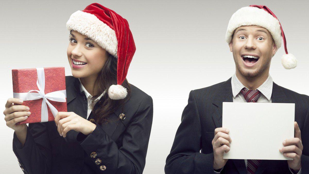 Weihnachtsfeier Kanzlei.Unfall Belästigung Versicherung Weihnachtsfeier Und Arbeitsrecht