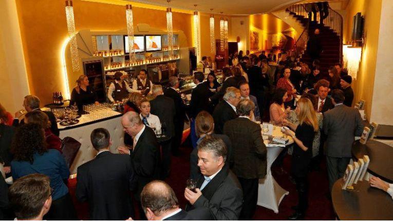 Am 1. Dezember 2014 findet veranstaltet der Microsoft Windows Server Kompetenz Club wieder eine Server-Schulung - im ehrwürdigen Gloria Palast in München.