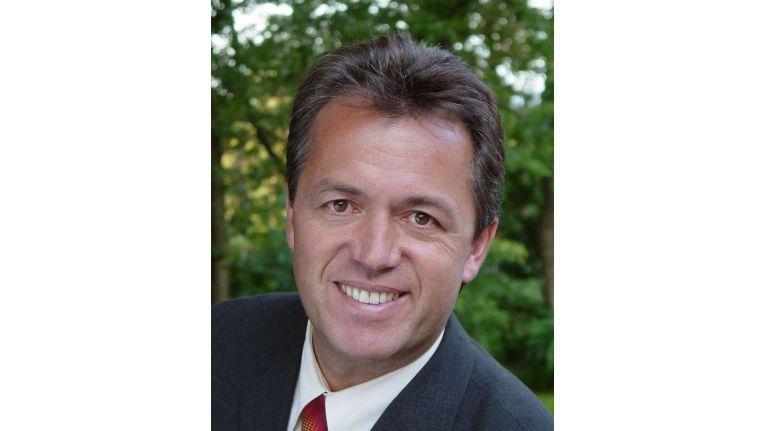 Horst Nadjafi, nasdo AG hoch