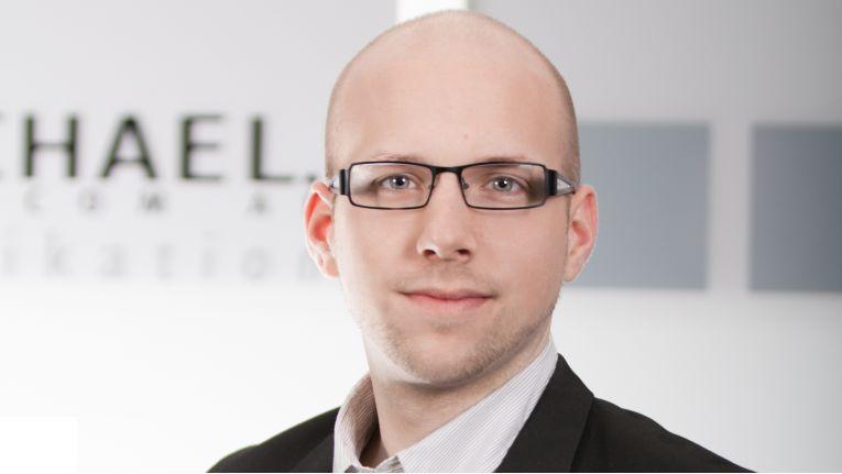 Ansgar Wecks, verantwortlicher Produktmanager für Smart-Home bei Michael Telecom, sieht Händler wie auch Kunden als Zielgruppe für die Z-Wave-Seminare.