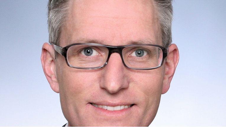 """Thomas Muschalla, Vice President Sales Germany der Nfon AG: """"ie mühsame Suche nach einem Verlag oder einer Druckerei"""""""