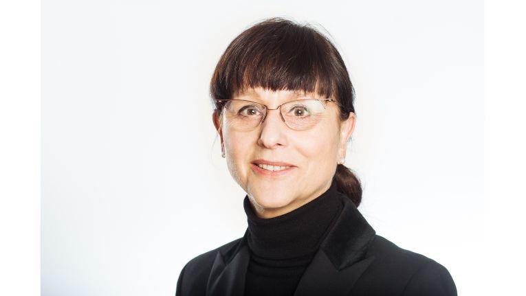 """Dagmar Schimansky-Geier, 1a Zukunft: """"Wer möglichst viel verdienen möchte, sollte zu Beratungshäusern oder in finanziell besonders attraktive Branchen, wie Chemie oder Pharma wechseln."""""""