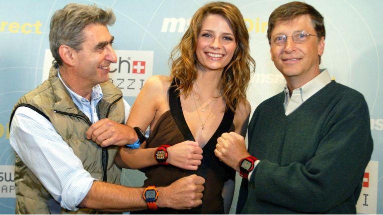 """Bereits vor zehn Jahren hatte Microsoft Smartwatches mit der """"Smart Personal Object Technology"""" (SPOT) vorgestellt - mit mäßigem Erfolg."""