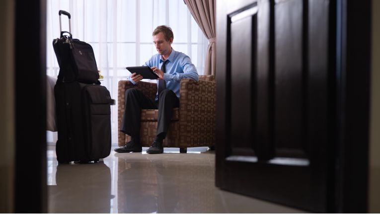 Interim Manager leben im Hotel, erfolgreiche verdienen ziemlich gut und ihr Job ist abwechslungsreich. Aber auch ziemlich stressig: wenn sie gerufen werden, dann brennt es immer.