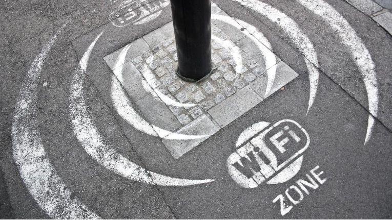 Der enorme Zuwachs an mobilen Geräten belastet das WLAN stark.