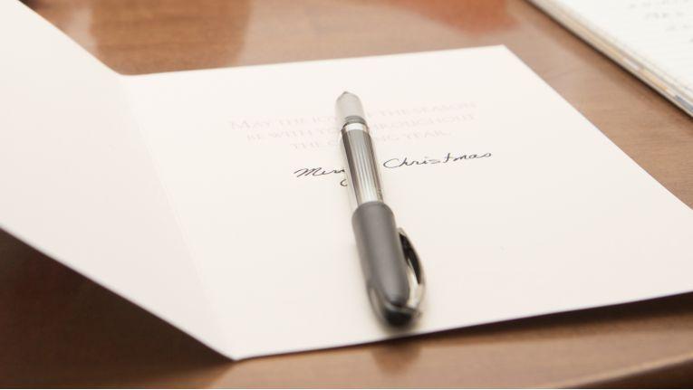 Beliebte Handschrift: Weihnachtskarten trotzen WhatsApp & Co ...