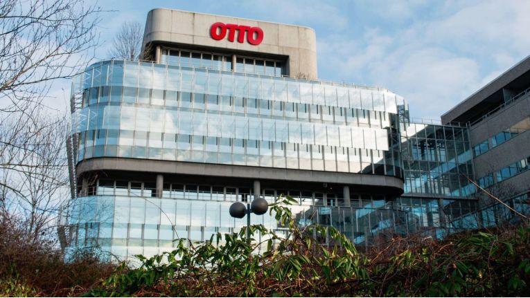 Die Online-Umsätze der Otto Group stiegen im vergangenen Jahr um zehn Prozent.