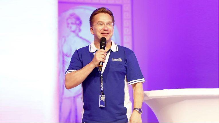Euronics-Vorstandssprecher Benedict Kober bei der letztjährigen Summer Convention der Verbundgruppe