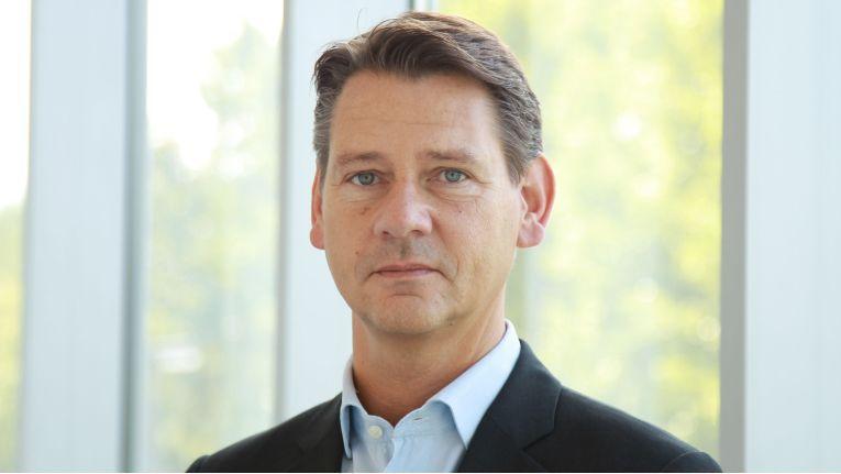 """Robert Klütsch, Leiter Sales Partner Geschäftskunden bei der Telekom: """"Mit der neuen Partner-Initiative etablieren wir eine Systemhaus-Community."""""""