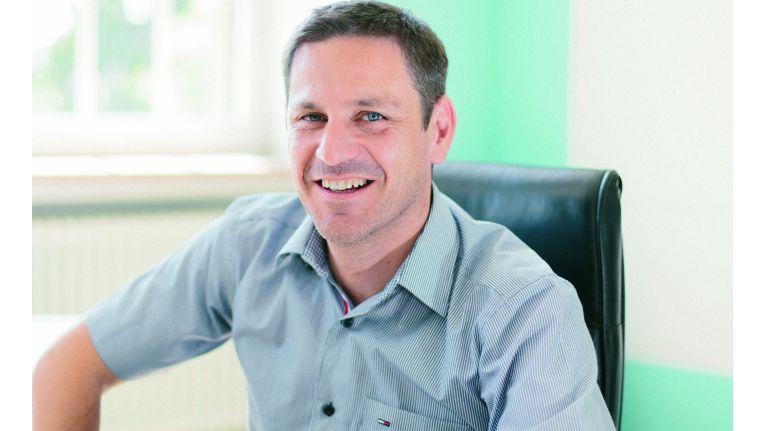 Michael Krämer, Geschäftsführer der Krämer IT Solutions GmbH, freut es: Die Vorstellung der Kooperation auf dem 1. Server-Eye Partnertag war ein voller Erfolg.