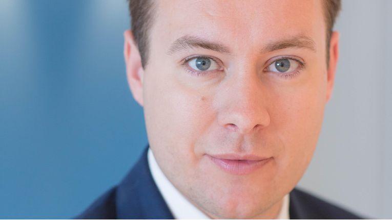 Tobias Enders, Global Media Services, empfiehlt, bereits in einem Bewerbungsgespräch Ambitionen klar zu kommunizieren und auch eine konkrete Aussage des potenziellen neuen Arbeitgebers zu verlangen.