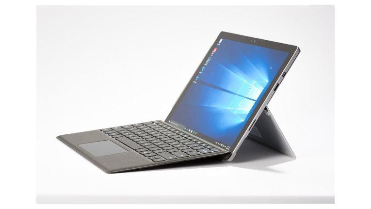 Microsoft Surface Pro 4: Auch mit diesem Gerät ist das Surface Dock kompatibel.