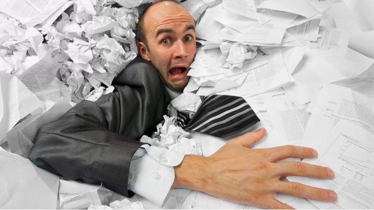 Es ist schon fast ironisch: Fragen, die sich beim Umgang mit Papierrechnungen gar nicht stellen, weil etwa die Archivierung völlig selbstverständlich ist, scheinen im Fall von elektronischen Rechnungen ganz neue Baustellen zu eröffnen.