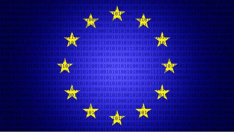 Das Vertrauen in Online-Geschäfte innerhalb der EU steigt.