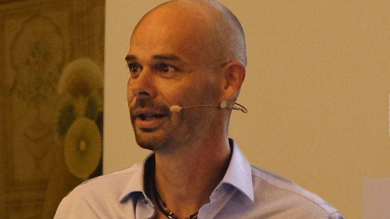 Sven Glatter, Geschäftsführer der comTeam Systemhaus GmbH, hat die Systemhauskonferenz 2015 im Erlebnis-Zoo Hannover eröffnet.