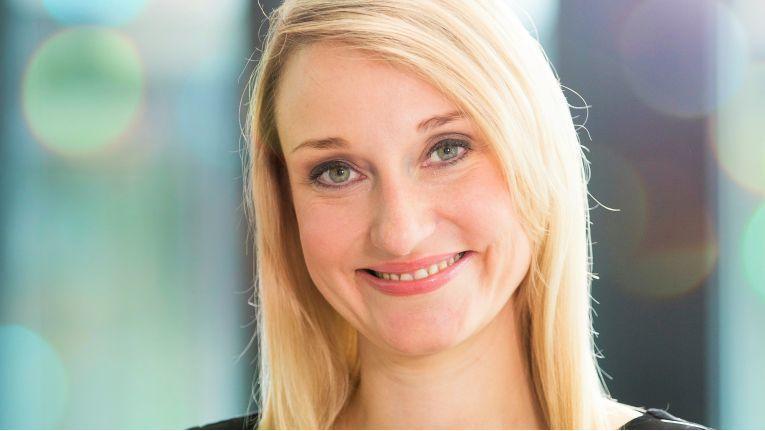 """""""Während Unified Communications 'nur' die Integration unterschiedlicher Kommunikationsmittel meint, erweitert der Begriff 'Collaborations' das Modell programmatisch Ellen Kuder, Skype for Business Lead, Microsoft Deutschland"""