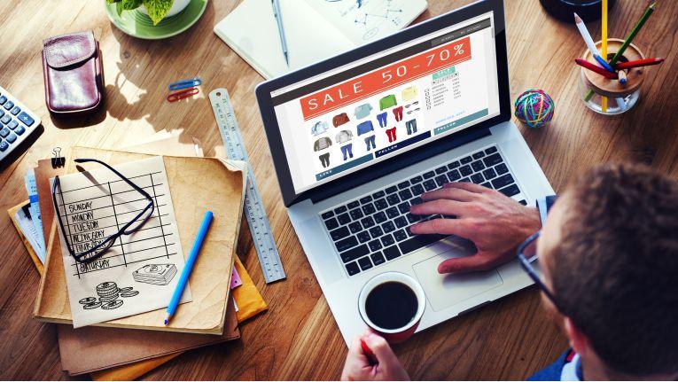 Je mehr Informationen zu einem Produkt oder zu dessen Alternativen ein Kunde im Onlineshop erhält, umso beruhigter kann er seine virtuelle Einkaufstour abschließen.