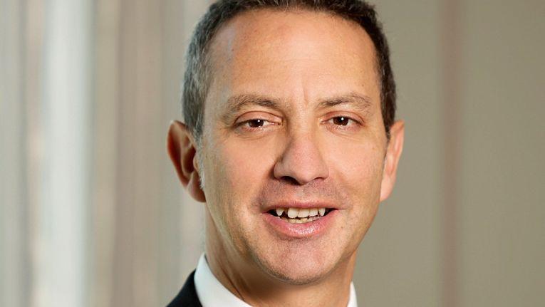 Gustavo Möller-Hergt, CEO der Also Holding AG, erklärt, dass Unternehmen in ganz Europa nach Lösungen verlangen, bei denen die Daten auf europäischem Boden bleiben.