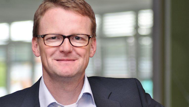 Mark Schroeder ist im Synaxon-Vorstand für den Bereich Finanzen/Kaufmännisches, den Einkauf, das Marketing und die Online-Strategie der Verbundgruppenmarken zuständig