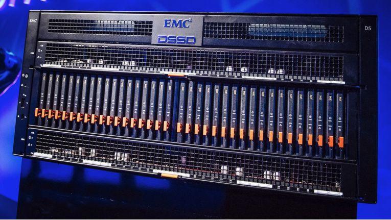 """Die Appliance """"DSSD D5"""" von EMC fasst 144 TB Bruttokapazität auf 5 HE."""