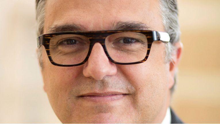 Als Impulsgeber für die IT-Branche lobt Philippe Fossé, Vice President EMEA Channel Sales bei EMC die Bechtle AG bei der Preisverleihung.