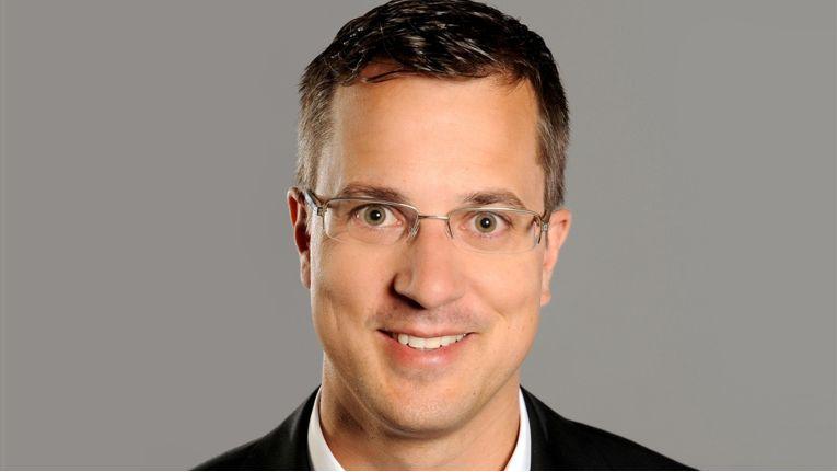 Dominic Mein, Vertriebsleiter DACH bei ViewSonic, setzt konsequent auf den Ausbau des Fachhandels, um den professionellen Support zu garantieren.