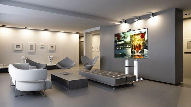 Videokommunikation und Präsentationen flexibel meistern, so wirbt Reflecta für seine fahrbaren Lösungen TV Stand 70VC-Shelf und 100VC-Shelf (Foto).