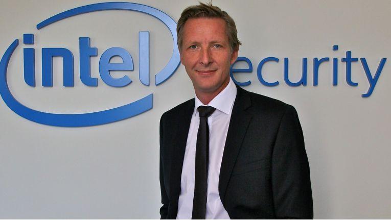 """Sascha Plathen, Director Channel Sales bei Intel Security: """"2017 wird sich der Austausch von Bedrohungsintelligenz zwischen Unternehmen stark weiterentwickeln."""""""