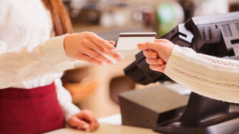 Sind EC- und Kreditkarten bald als Zahlungsmittel überholt?
