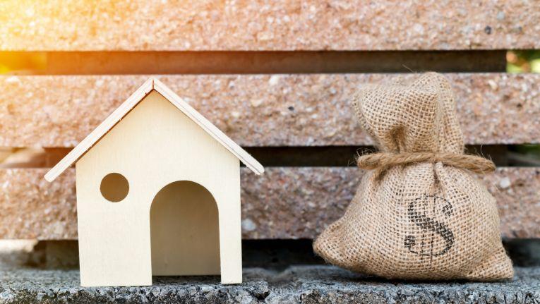 Vermögenswirksame Leistungen können in Form von Bausparverträgen oder Aktienfonds angelegt werden.
