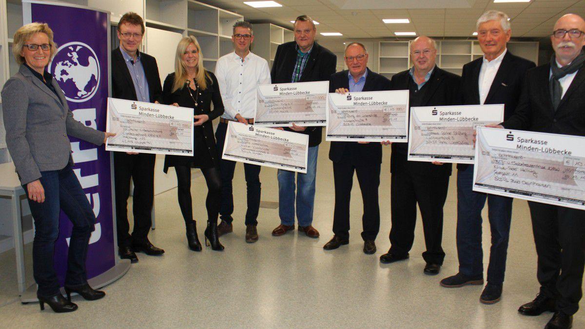 60.000 Euro für karitative Einrichtungen: Wortmann spendet zu ...