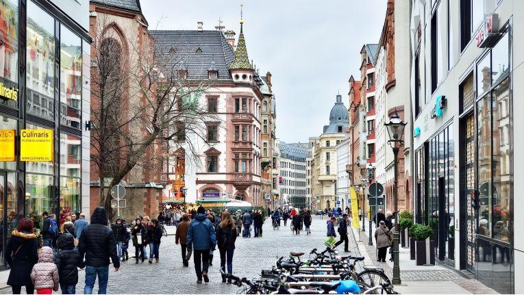 Laut Handelsverband sollen die deutschen Innenstädte verdichtet werden.