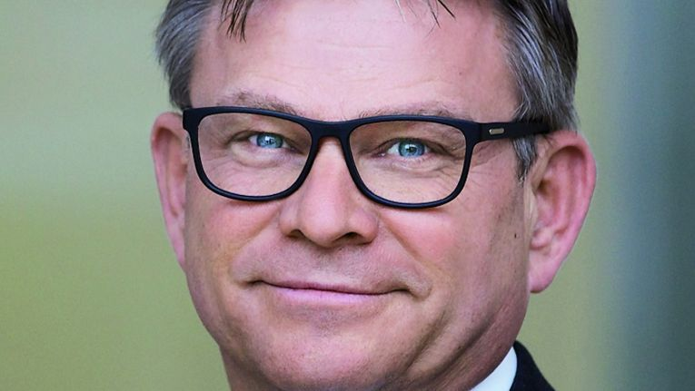 Roland König, Geschäftsführer Bechtle IT-Systemhaus München/Regensburg und Leiter des Geschäftsfelds Virtualisierung bei Bechtle, freut sich über die Auszeichnungen von Citrix.