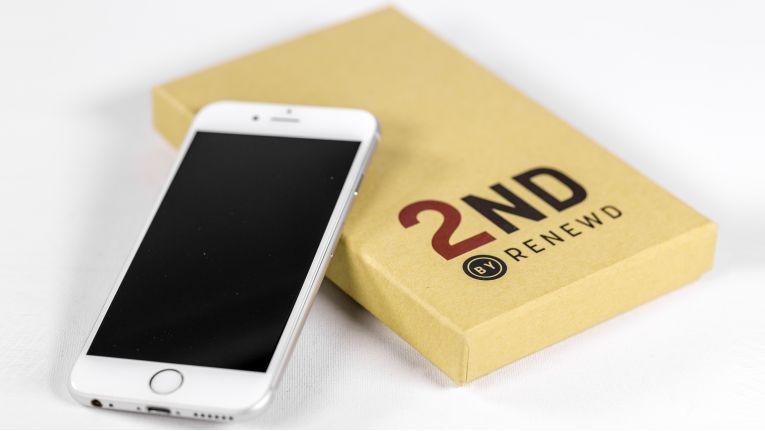 Die generalüberholten iPhones von Brodos und Renewd werden in einer eigenen Retail-Box geliefert.
