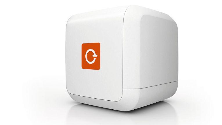 Die beiden Lösungen eBlocker Pro und eBlocker Family des Hamburger Unternehmens sind bei Pilot Computer ab Lager verfügbar.