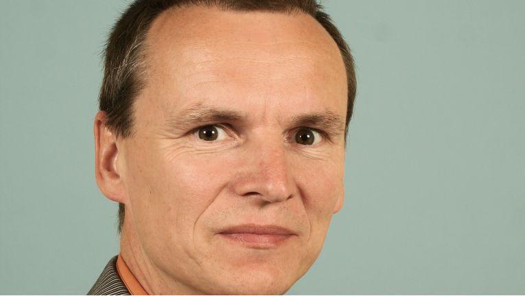 Lutz Wenger, neuer Aufsichtsrat der Büro Forum 2000 AG, will mit neuen Ideen den Herausforderungen des Marktes begegnen.