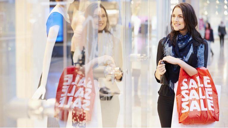 Boutiquen und Modegeschäfte in den Einkaufsstraßen stehen unter Druck.