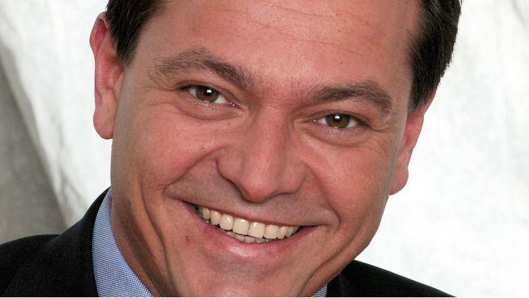 Jörg Lesser, Director Sales South West, Prokurist und Standortleiter in Stuttgart, freut sich über rund ein Drittel mehr Platz für neue Mitarbeiter.