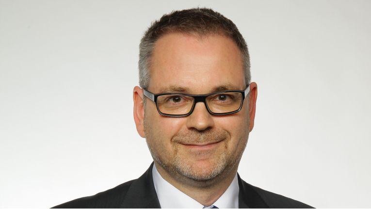 """Jürgen Hahnrath, Head of IoT Solutions Germany bei Cisco: """"Um Einzelhändler bei der digitalen Transformation zu unterstützen, haben wir gemeinsam mit Cancom, Serviceplan und Vitra die erste standardisierte Omni-Channel-Lösung entwickelt""""."""