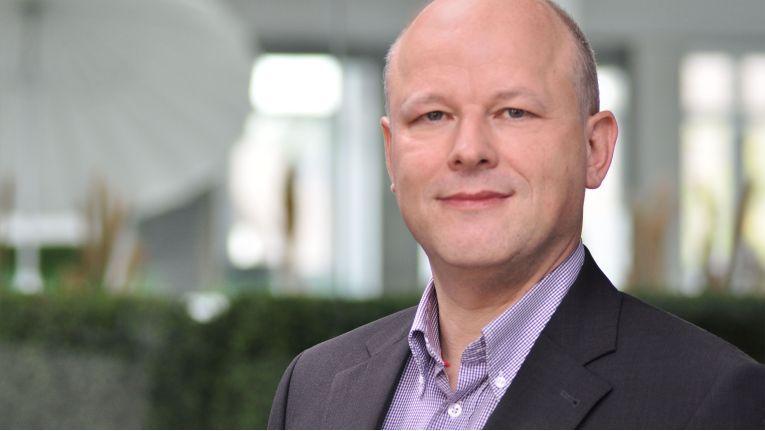 """""""Friedrich Pollert, Leiter der Synaxon-Akademie, möchte alle IT-Unternehmen und Systemhauschefs motivieren, an der Befragung teilzunehmen."""