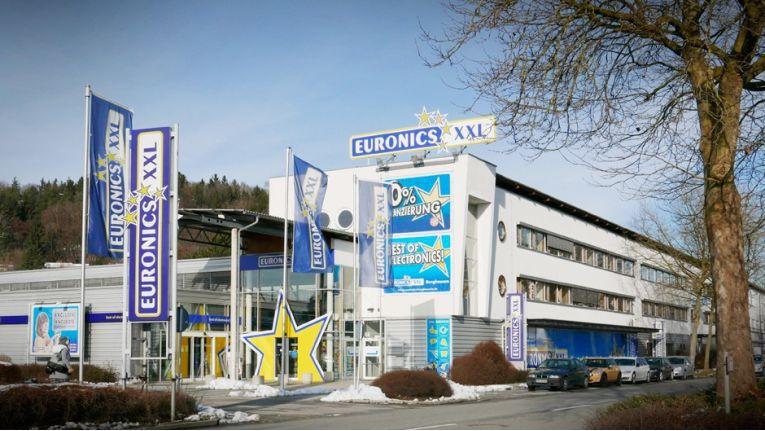 Wird ab Anfang Oktober zu Media Markt: Der Euronics-XXL-Markt in Burghausen