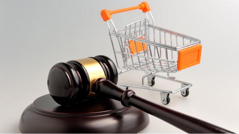 Die Europäische Parlament will Produkt- und Markenpiraterie im Online-Handel bekämpfen.