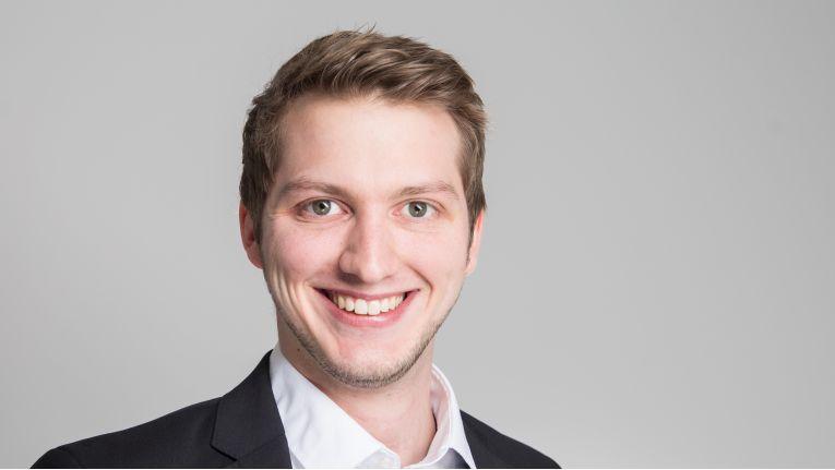 """""""ISDN-Anlagen sind Auslaufmodelle, für die es keine Weiterentwicklung geben wird."""" Marten Krull, Sales Manager IPD NOW bei IP Dynamics"""